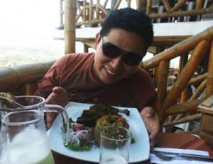 Almorzando es aspitia